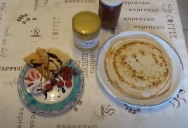 Russische Blini / Blintschiki – Pfannkuchen